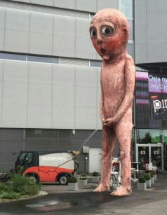 Bad bad Boy statue 2