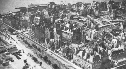 Saint-Malo_après_la_bataille_de_1944