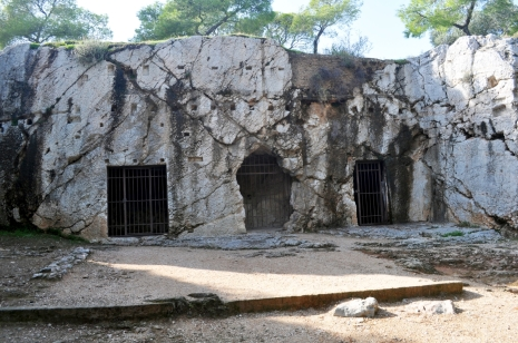 Athens_-_Prison_of_Socrates_04a