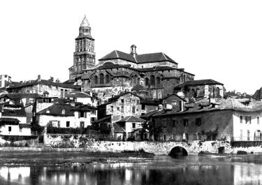 Cathedrale-saint-front-périgueux-avant-restauration