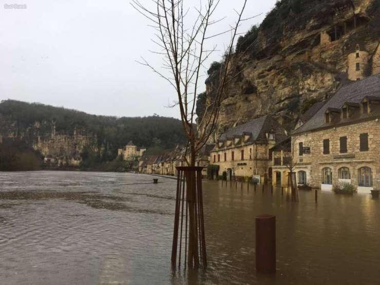 la roque gageac inondations.jpg