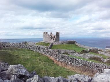 0 Castelo_de_O'Brien,_Inis_Oírr_(ao_lonxe)