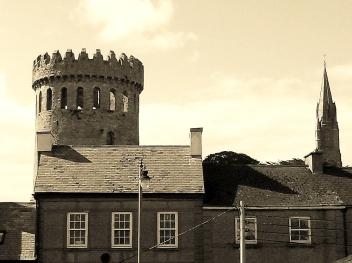 0 Nenagh_Castle_-_sepia